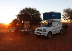Kattoteltta & vanlife! Leirintäalueet autossa: seikkailu, perheet, matkatrendit